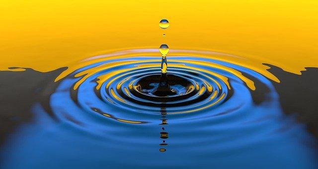 Čistá voda v bazénu je nutnost
